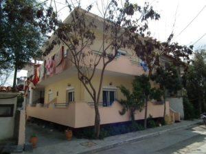 Vila Malama Sarti, letovanje sarti, letovanje, jeftina letovanja sarti, Apartmani Malama Sarti, Malama Sarti, Kuca Malama Sarti