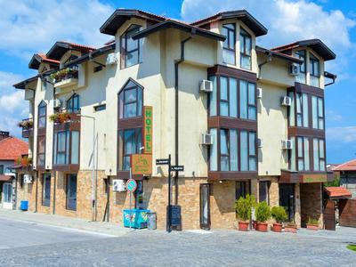 bansko hoteli, smestaj bansko, bugarska skijanje, bansko hoteli 2,3,4,5 zvezdica, ski pass bansko, bansko iskustva, smestaj bansko bugarska preko agencije , cene, cena od, cena do, agencija Oniro Travel